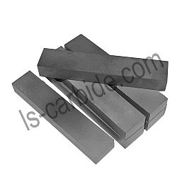 Highly compressed cemented carbide plate